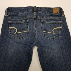 Women's Jeans American Eagle Artist Size 2 Stretch